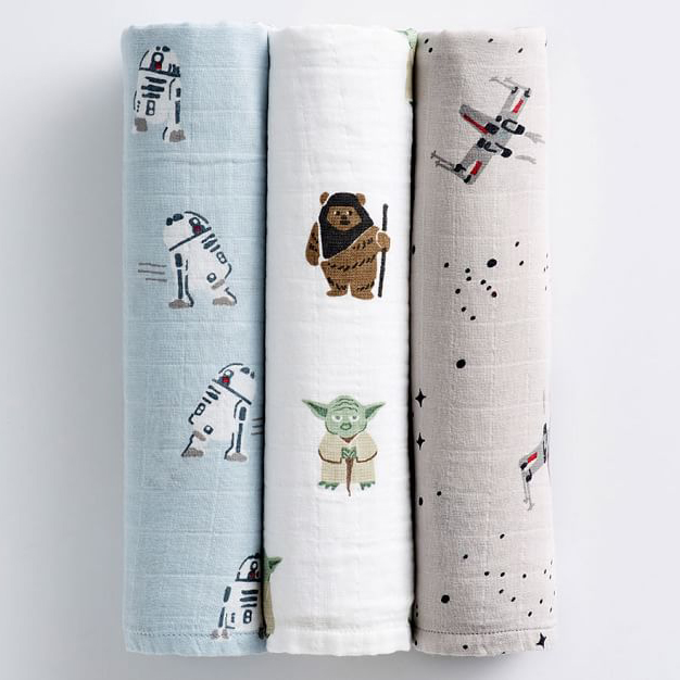 Star Wars Muslin Swaddle Set featuring R2D2, Yoda and Ewoks, and X-Wings.